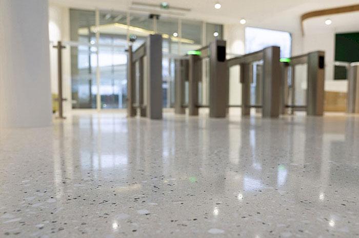 ad-lucem-lucem-stone-granito-terrazzo-banque-bain-boche-01