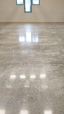 salle-multi-activites-beton-poli3